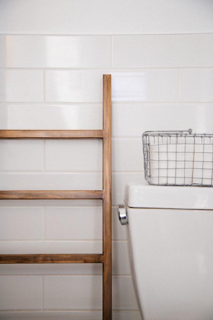 A escada da casa de banho